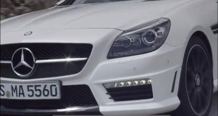 El Mercedes-Benz SLK 55 AMG ahora en vídeo