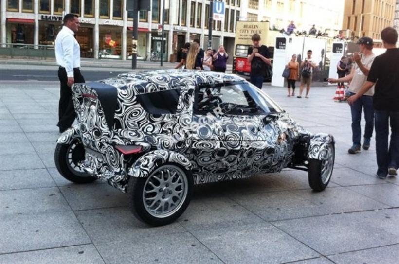 Misterioso city car de Audi paseando por las calles de Berlín