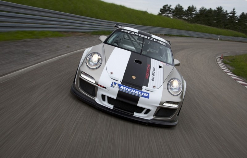 PORSCHE 911 GT3 CUP 2012. Mejoras en el carrera-cliente de acceso de Stuttgart