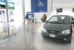 Autorizan la compra-venta de coches en Cuba