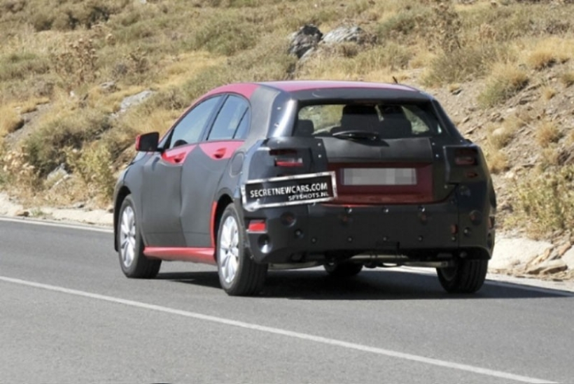 Fotos espía del Mercedes-Benz Clase A 2012