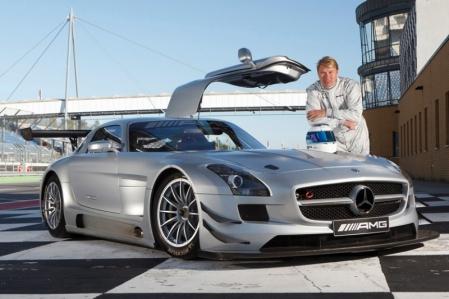 Mika Häkkinen vuelve a competir de la mano del Mercedes SLS AMG GT3