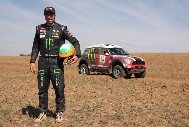 Nani Roma correrá el Dakar 2012 con un Countryman oficial