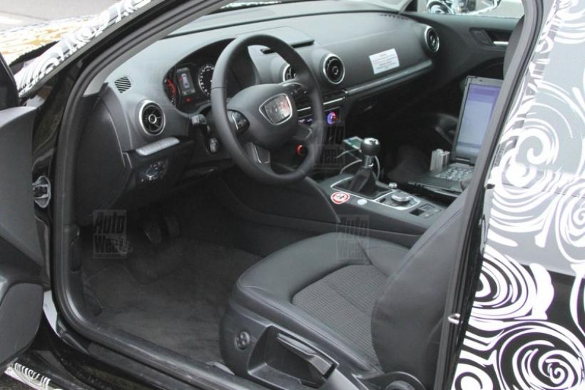 Nuevas fotos espía del Audi A3 2012 (con interior al descubierto)