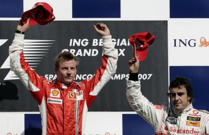 Alonso sobre Räikkönen: 'Es uno de los pilotos con mayor talento de la parrilla'