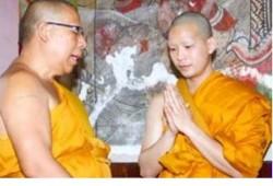 Wilairot de monje budista por quince días