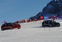 Alonso y Massa prueban el Ferrari FF sobre la nieve