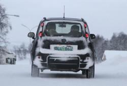 Fiat Panda 4x4 cazado de pruebas en la nieve