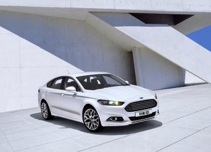 Ford publica las primeras imágenes del Mondeo 2012