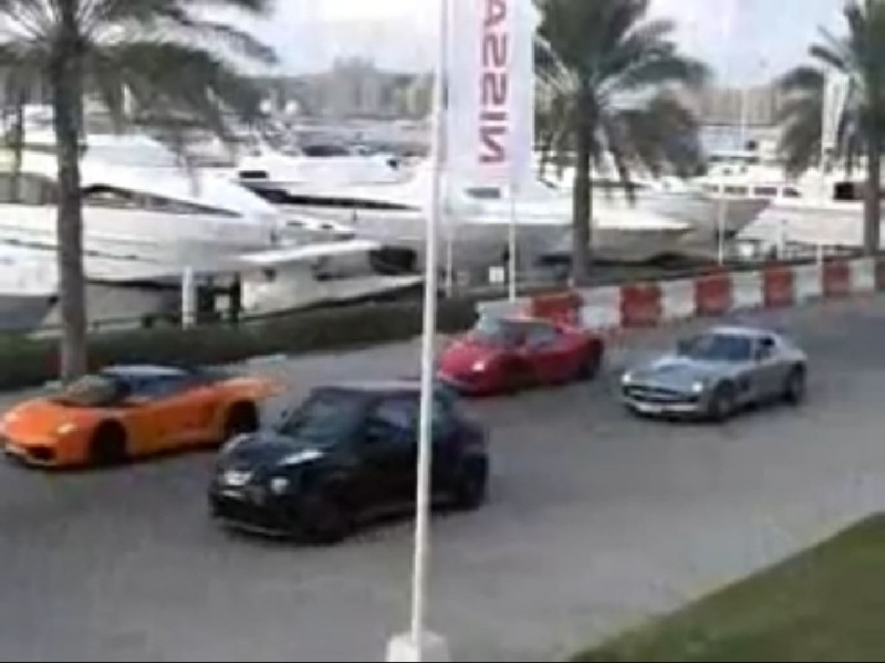 Nissan Juke-R VS Lamborghini Gallardo, Ferrari 458 Italia y Mercedes SLS AMG
