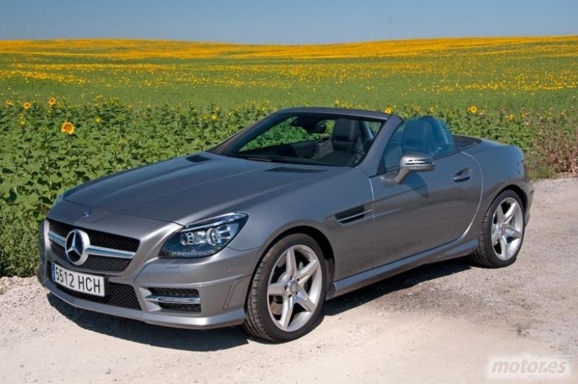 Mercedes-Benz SLK 250. Placer para dos