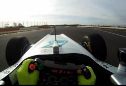 Primer vídeo oficial del Mercedes W03 ¡Como en un videojuego!