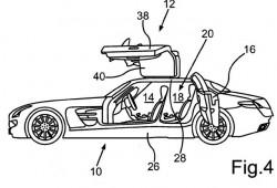 Mercedes podría fabricar una versión cuatro puertas del Alas de Gaviota