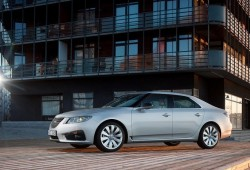 Saab aún busca el milagro y negocia con varios inversores
