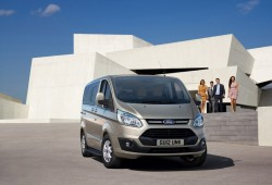 Ford presenta el Tourneo Custom definitivo