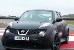 El Nissan Juke R ahora se enfrenta al poderoso GT-R