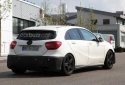 Nuevas fotos espías del Mercedes A25 AMG