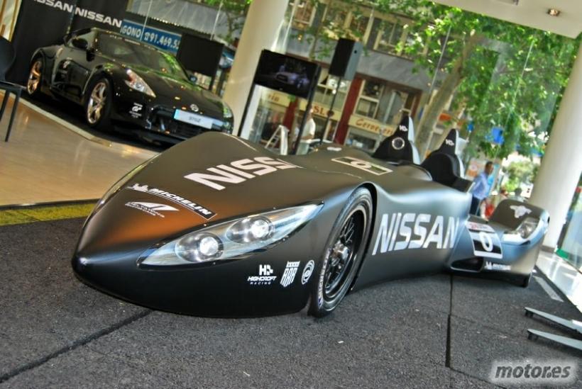 El Nissan DeltaWing se presenta en España de la mano de Lucas Ordóñez