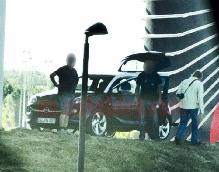 El Opel Adam aparece antes de tiempo, ¡y casi al natural!
