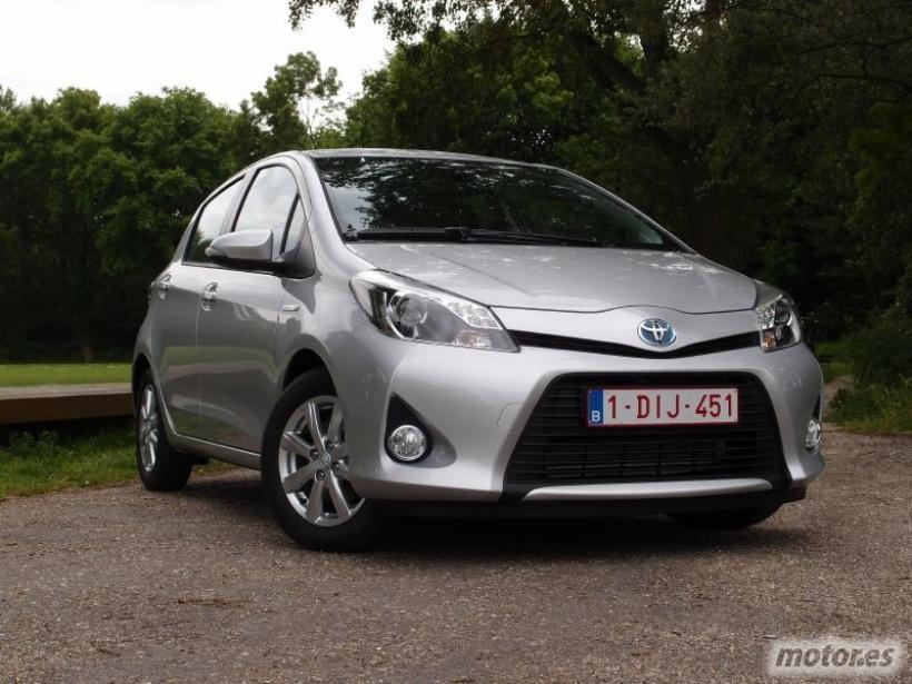 Toyota Yaris híbrido. utilitario tecnológico, asequible y mínimo consumo - Toma de contacto