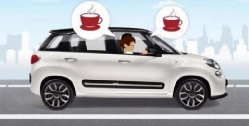 Fiat 500L es el primer coche con maquina de café espresso a bordo