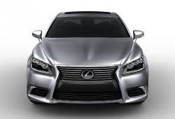 Las primeras imágenes de calidad del Lexus LS 2013 salen a la luz