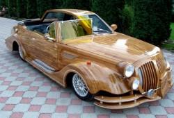 Rareza del día: Un coche de madera con dos diseños