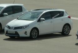 El Toyota Auris 2013 se deja ver por primera vez al desnudo