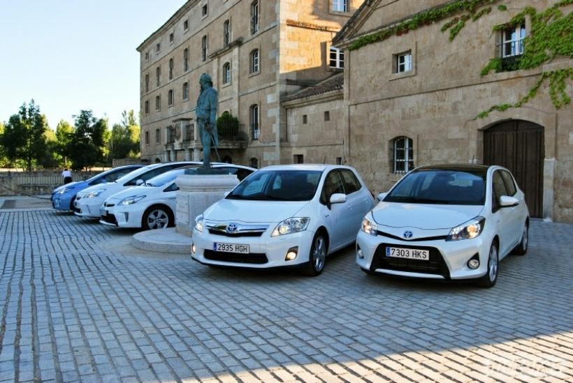Toyota presenta su gama híbrida 2012