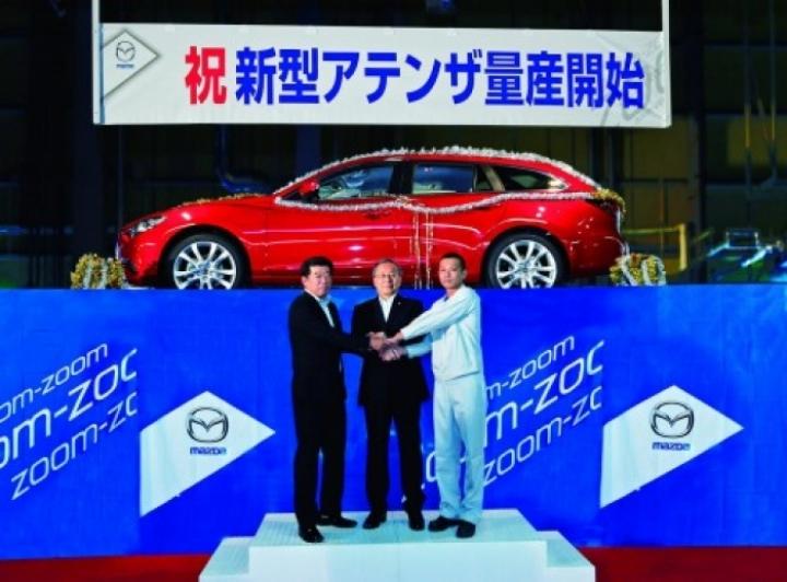 El Mazda 6 familiar se deja ver en la inauguración de su producción