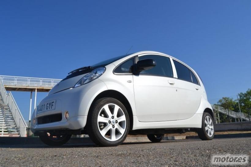 Peugeot iOn. Alquilamos y probamos un coche eléctrico con Mu by Peugeot