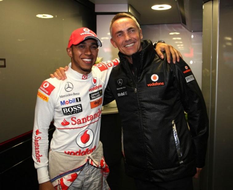 Whitmarsh cree que Hamilton se queda, pero Mercedes le ofrece ¿75 millones?