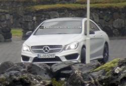 Mercedes ya pasea el CLA sin nada de camuflaje