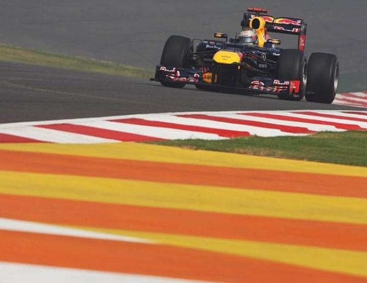 Libres 2: Vettel y Red Bull dominan la jornada
