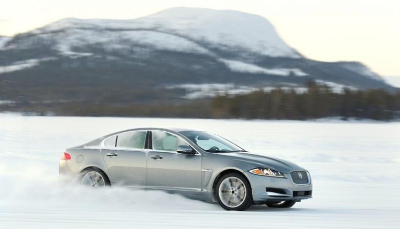 Llegan a España los Jaguar XF y XJ de tracción total