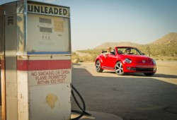 Primeras imágenes del Volkswagen Beetle Cabrio 2013