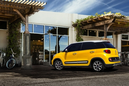 Fiat presenta el 500L Trekking