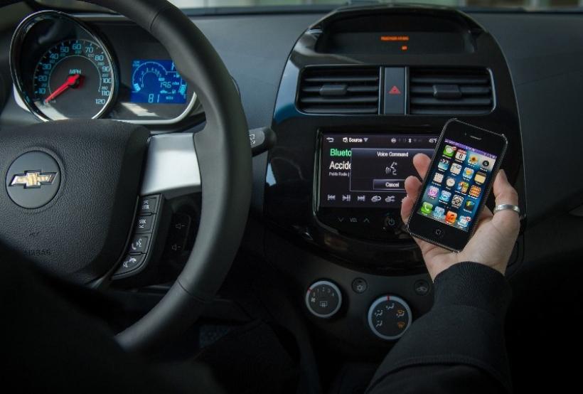 SIRI disponible en Chevrolet Spark y Aveo en 2013
