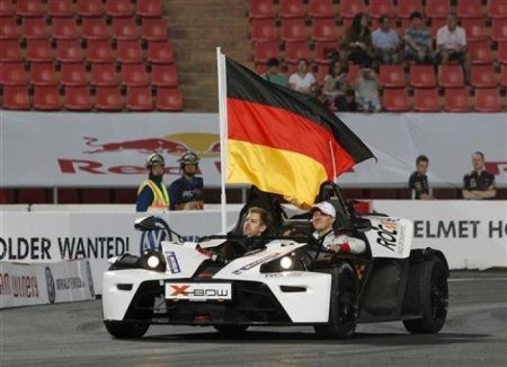 El equipo alemán y Román Grosjean, ganadores en la Carrera de Campeones 2012