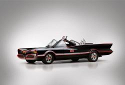 El Batmóvil y la Batmoto se venden por 130.000 euros