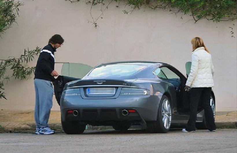 El garaje de Rafa Nadal: desde un Aston Martin a una Harley