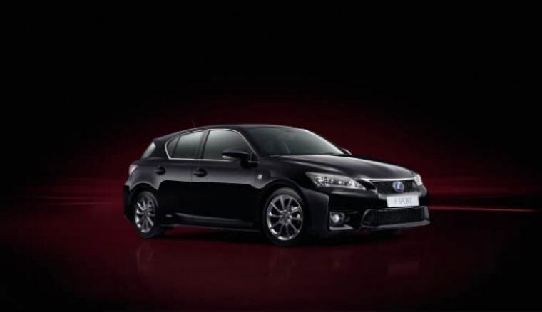 El Lexus CT 200h 2013 reestructura su gama con nuevos acabados