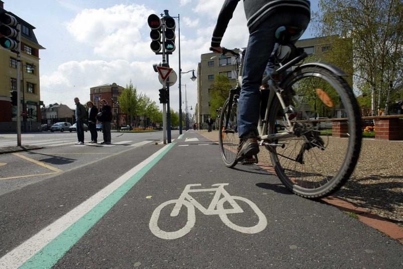 Seguridad vial: 20 consejos de convivencia entre conductores y ciclistas -  Motor.es