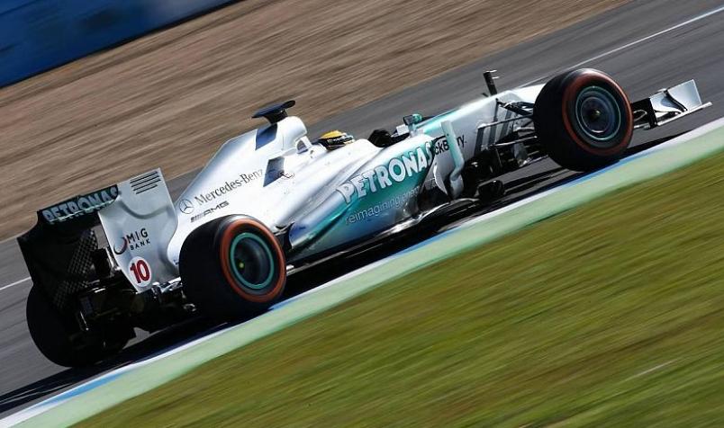 Häkkinen ve a Mclaren arriba y a Mercedes no tan competitivo