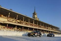 Räikkönen y Pic brillan conduciendo sobre hielo