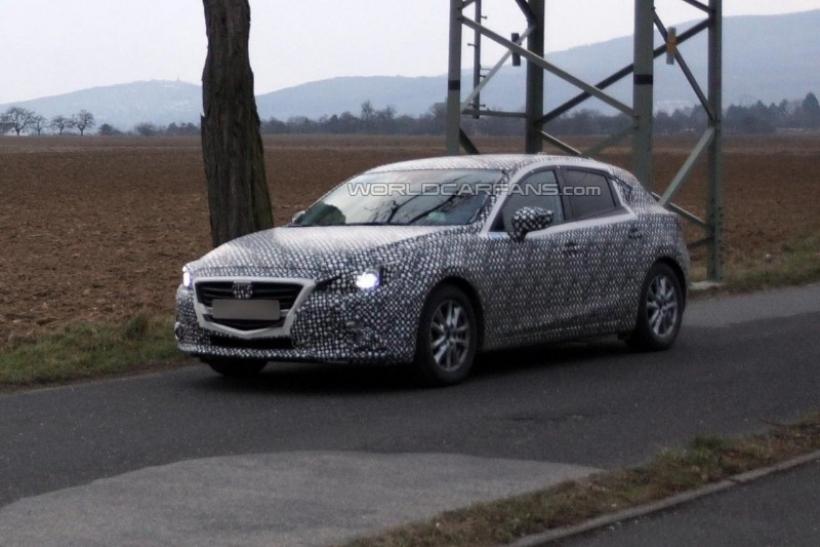 Fotos espía del Mazda 3 2014