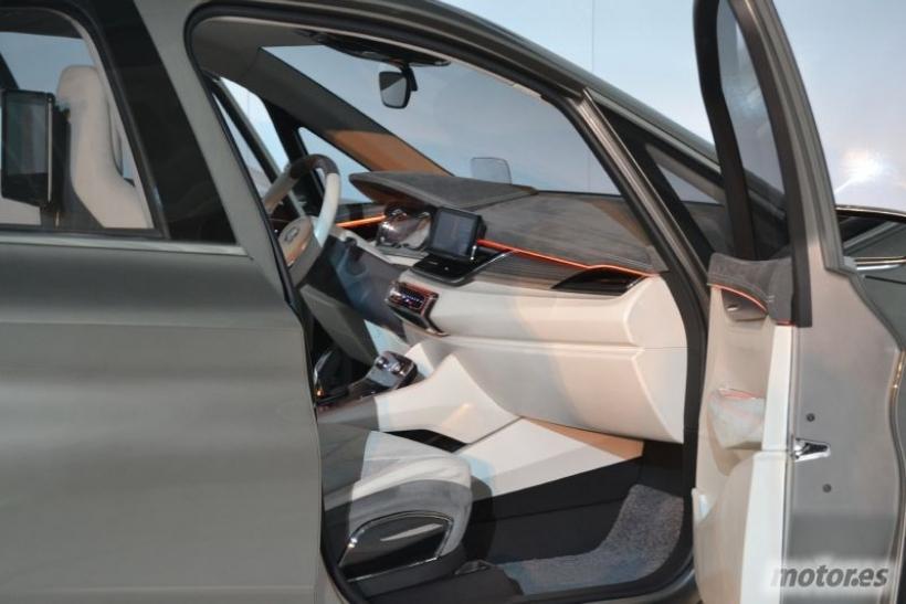 BMW Concept Active Tourer: monovolumen, híbrido enchufable y con tracción delantera