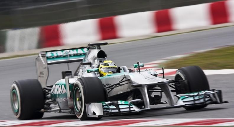 Nico Rosberg confirma el potencial del Mercedes W04