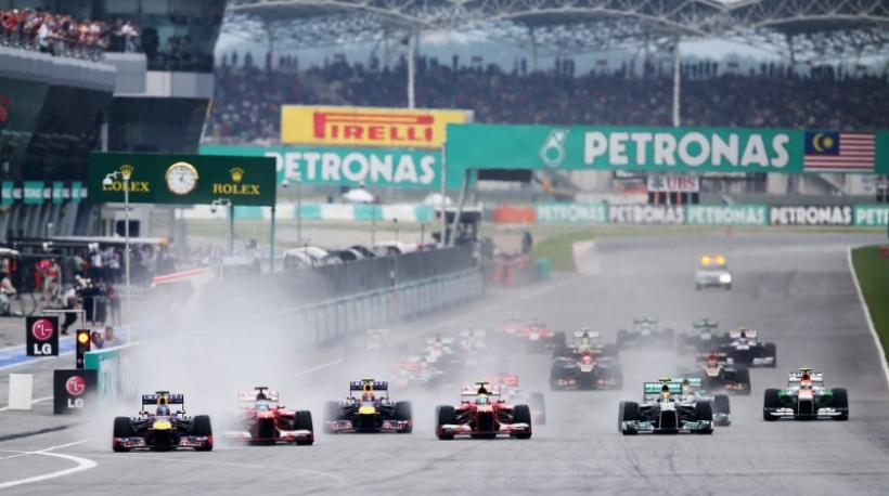 Vettel abre la caja de los truenos de Red Bull con su victoria en Malasia