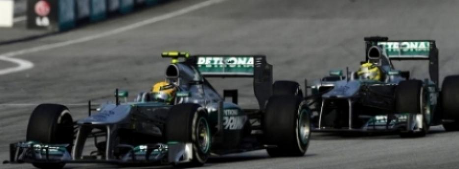 Hamilton: ''Rosberg debería estar en el podio''